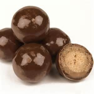 20LB Triple Dipped Chocolate Malt Balls-988